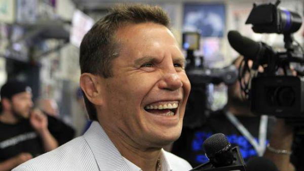 Очманіти! Хуліо Сезар Чавес-старший у свої 57 показує ідеальну форму в залі (ВІДЕО)