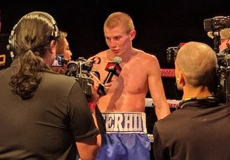 Непереможний український боксер оформив нокаут за 3 раунди