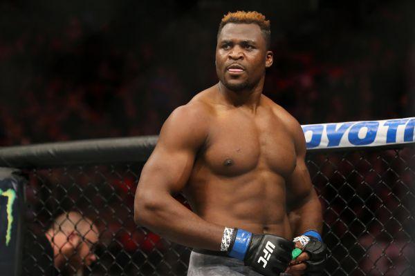 Нганну: Гордий самовідданістю UFC і Дани Вайт