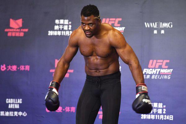Шеф UFC: Нганну - запасний на бій Кормьє та Міочіча