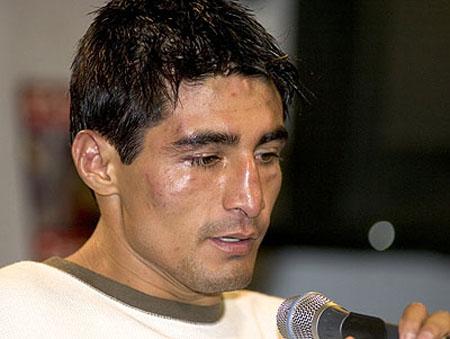 Ерік Моралес планує повернутися на ринг у травні