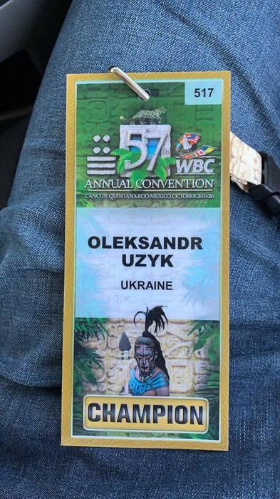 Дебютант суперважкої ваги Олександр Усик (17-0, 13...