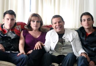Кадр дня: родина Чавесів