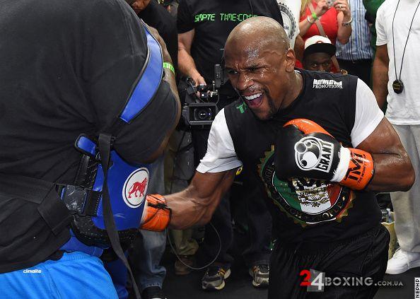 бокс усик наступний бій