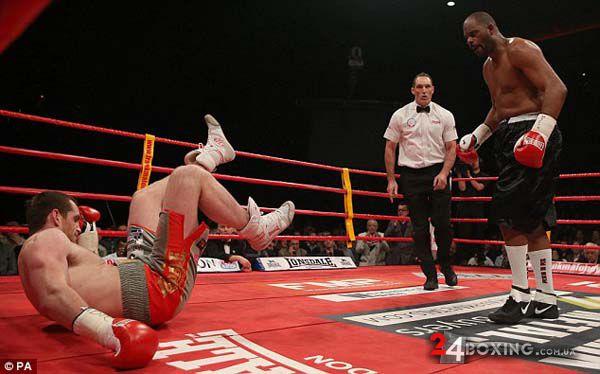 Переходячи безпосередньо до бою і шансів обох бокс...