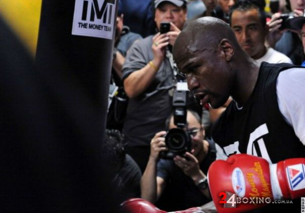 floyd-mayweather-workout-15.jpg (33.81 Kb)