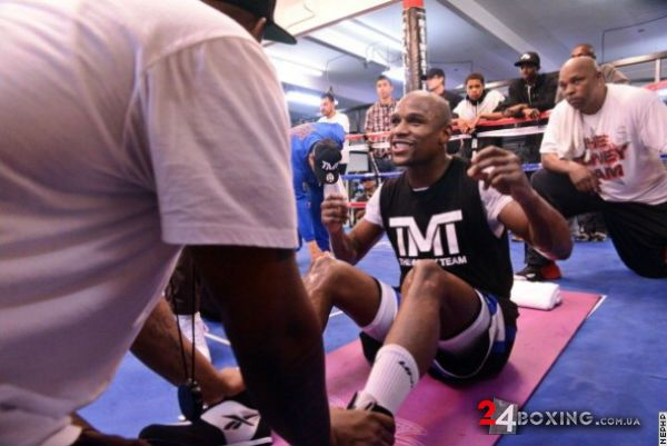 floyd-mayweather-workout-16.jpg (40.12 Kb)