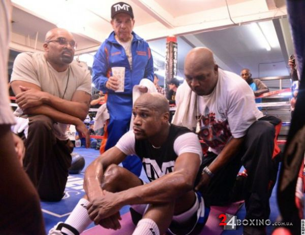 floyd-mayweather-workout-19.jpg (.32 Kb)