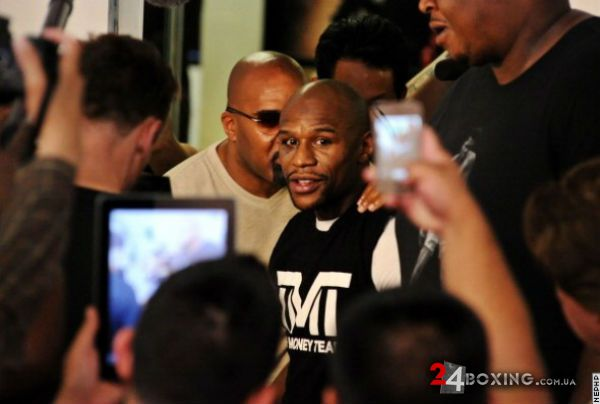 floyd-mayweather-workout-9.jpg (30.23 Kb)