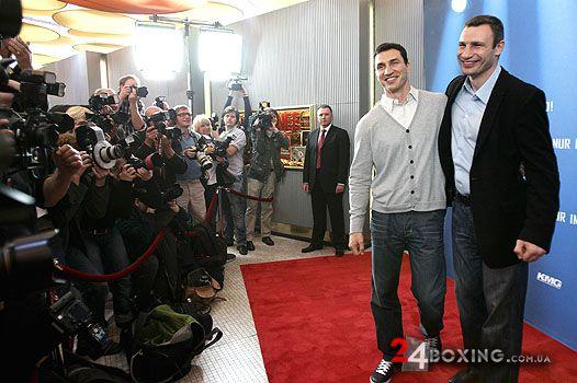 Володимир і Віталій Кличко стали героями документа...